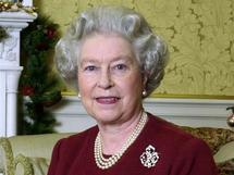 الملكة اليزابيث الثانية تدعو افراد عائلتها لحصر النفقات