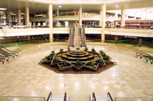 عاصفة رملية تغلق مطار الملك خالد بالرياض