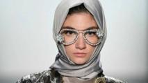جدل حول ظهور فتيات بالحجاب في إعلانات تجارية غربية