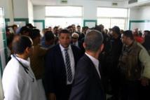 تونس تشيع ضابط توفي متأثرا بحروق  باحتجاجات سيدي بوزيد