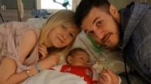 والدا الطفل البريطاني تشارلي جارد ينشآن مؤسسة للأمراض النادرة