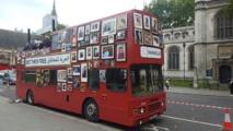 حافلة تجوب لندن مطالبة بالإفراج عن المعتقلين في سجون الأسد