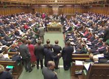 سيدات يحذرن من تحرش جنسي في البرلمان البريطاني