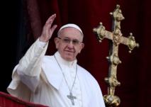 """البابا يحث على الولاء ويدين """"الخونة"""" في بيروقراطية الفاتيكان"""