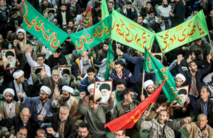 مسيرات ايرانية مؤيدة والجعفري يعلن نهاية التظاهرات