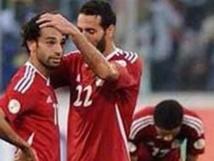 """سلطات مطار القاهرة تلغي سفر والدة """" أبوتريكة """" لأسباب صحية"""