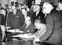 ناصر والقوتلي يوقعان اتفاقية الوحدة