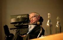 وفاة عالم الفيزياء البريطاني ستيفن هوكينج عن 76 عاما
