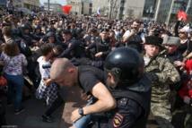 الشرطة الروسية تلقى القبض على 1300 متظاهر ضد بوتين