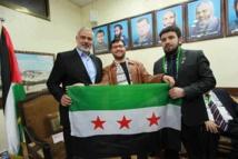 """إسماعيل هنية يتقرب من النظام ويصف الثورة السورية بـ""""الفتنة"""""""