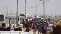 إجلاء سكان بلدتي الفوعة وكفريا المواليتين للنظام بإدلب