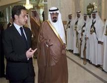 ساركوزي برفقة العاهل السعودي - أرشيف