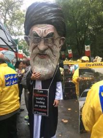 متظاهرون ايرانيون ضد روحاني امام الامم المتحدة