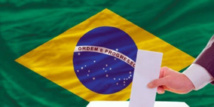 البرازيل تختار رئيسا جديدا في انتخابات يصعب التنبؤ بنتائجها
