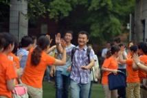 الرهان على اقناع طلاب الجامعات بلا محاضرات