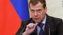 الروس يتوقعون عقوبات أمريكية ويعتبرونها نتاجا لمشكلات داخلية