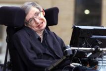 بيع كرسي ستيفن هوكينج المتحرك مقابل 393 ألف دولار بمزاد