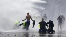 """جرحى في مواجهات بين الشرطة و""""السترات الصفراء في باريس """""""