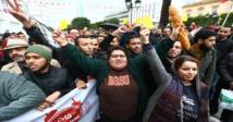 """نقابة في تونس تهدد بشن احتجاجات """"السترات البيضاء"""""""