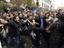فرنسا تدعو السلطات السورية الى التخلي عن استخدام العنف