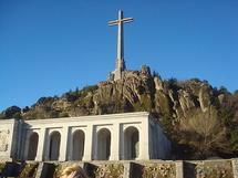 أسبانيا تواجه معضلة بشأن ضريح فرانكو