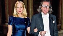 فروستينسون وزوجها
