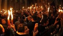 """المسيحيون الأرثوذوكس يشاركون باحتفالات""""النار المقدسة""""في القدس"""