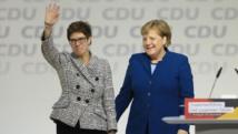 ميركل تواجه ضغوطا من خليفتها في رئاسة الحزب للاستقالة