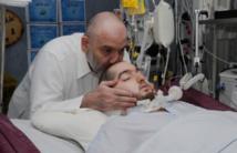 الأمير وليد بن خالد ووالده في المستشفى - مواقع التواصل