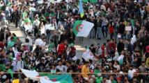 الحراك الجزائري يوجّه ضرباته لجبهة التّحرير أعرق الأحزاب السياسية
