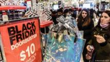 """صحيفة إيطالية تدافع عن عنوان """"الجمعة السوداء"""" رغم الانتقادات"""