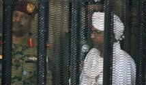 إيداع عمر البشير الإصلاح الاجتماعي لعامين في قضية فساد مالي