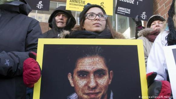 رسالة من زوجة المدون السعودي رائف بدوي لزوجها المعتقل