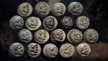 صيادون يعثرون على مسكوكات الاسكندر المقدوني المفقودة