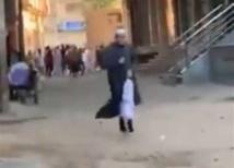 """""""اجري يا شيخ"""".. عبارة مصرية أوقعت""""المزيف"""" بيد الشرطة"""