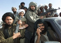 العنف يطال أسرة كاتب شهير في أفغانستان فقد زوجته وابنته