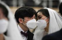 ما هي العادات الاجتماعية التي غيرها فيروس كورونا؟