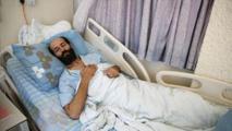الأسير الفلسطيني الأخرس يعلق إضرابه عن الطعام