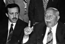 اربكان وتلميذه اردوغان
