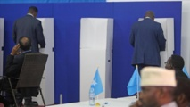 عودة الهدوء تمهد للانتخابات بعد إلغاء التمديد للرئيس الصومالي