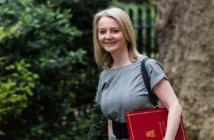 ليز تروس وزيرة الخارجية البريطانية