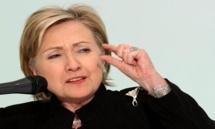 هيلاري كلينتون تروج لكتابها ورئاستها في جولة ادبية - انتخابية