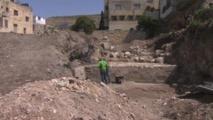 اكتشاف جدار أثري عمره نحو 2000 عام في نابلس بالصدفة
