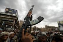 التحالف يقصف مواقع الحوثيين بعدة محافظات قبل محادثات جنيف