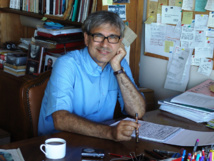 الكاتب التركي اورهان باموك يتهم الاتحاد الاوروبي بالتساهل مع انقرة