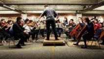 أوركسترا مرآب السيارات تفوز بجائزة مرموقة للموسيقى الكلاسيكية