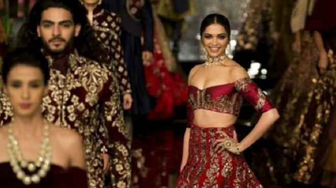 دور عرض باكستانية تمنع الأفلام الهندية بسبب النزاع حول كشمير