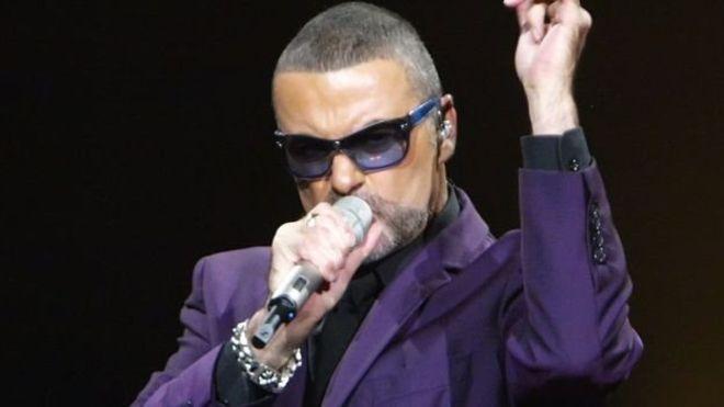 لا شبهات حول وفاة المغني البريطاني جورج مايكل  بأزمة قلبية