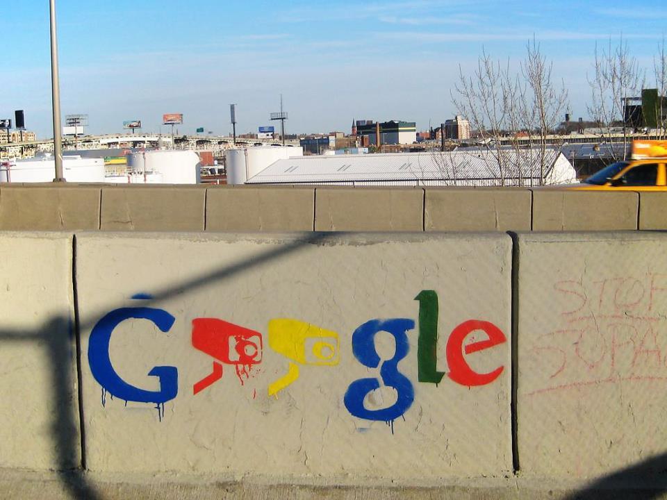 جوجل تدفع 440 مليون روبل غرامة احتكار في روسيا