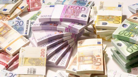 وزراء مالية اليورو يحاولون الوصول لاتفاق حول ديون اليونان